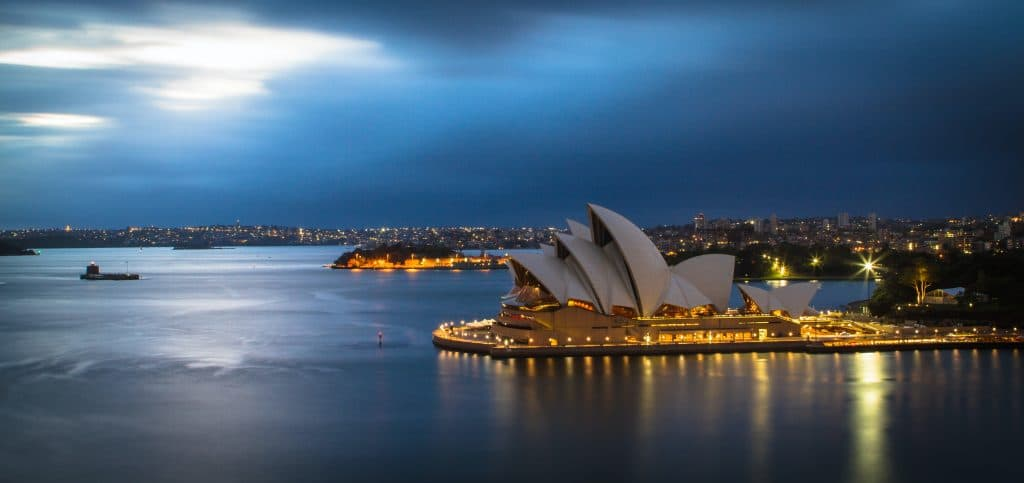 Transferring Money to Australia – Your Expert Guide !